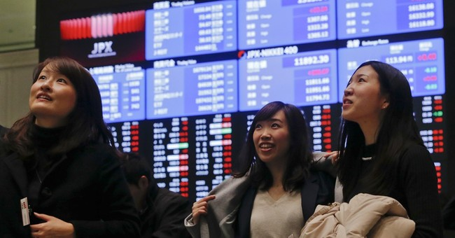 US stocks open mostly lower as earnings news disappoints