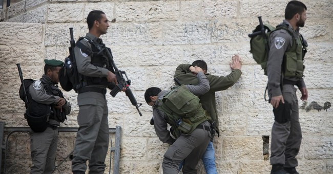 Palestinians kill Israeli  in West Bank supermarket