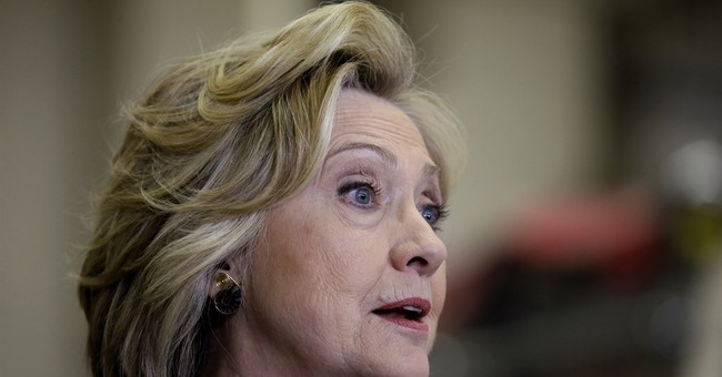 Clinton trying to light fire among Iowa activists