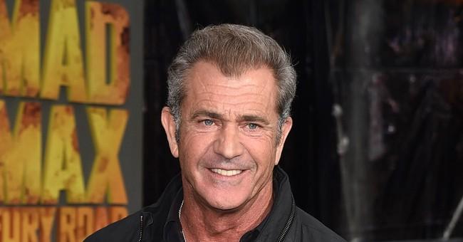 Mel Gibson returns to Hollywood spotlight at Golden Globes