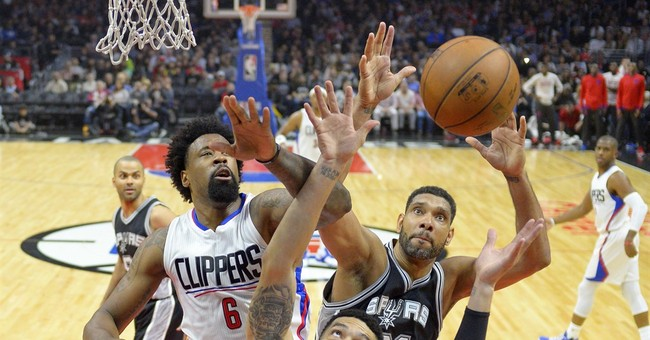 Clippers overwhelm Spurs in 4th quarter for 105-86 victory