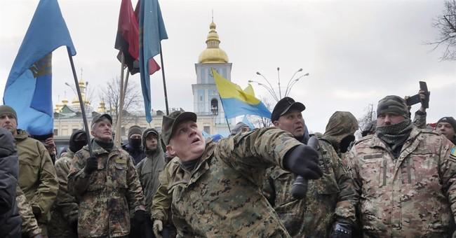 Kiev demonstrators attack Russian banks
