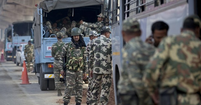 6 dead in protests for caste benefits in northern India