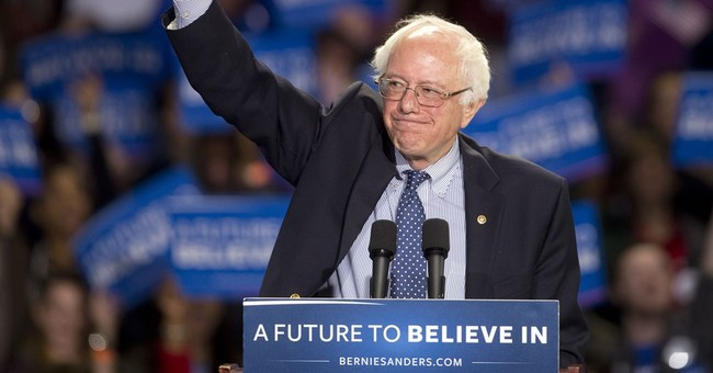 Southbound, Clinton aims to build delegate edge over Sanders