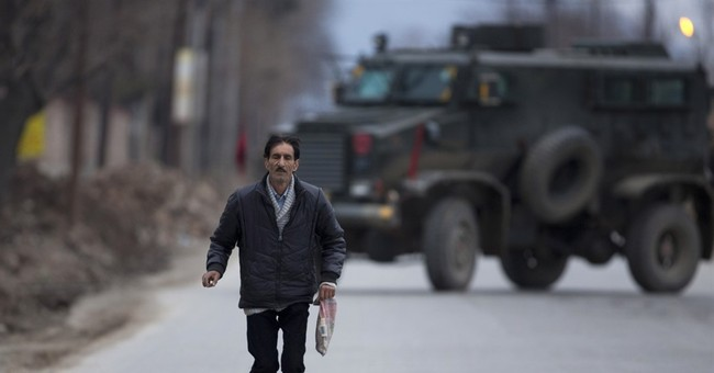 5 dead in Kashmir standoff between Indian forces and rebels