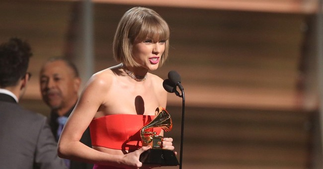 Taylor Swift returns to hometown to serve as maid of honor