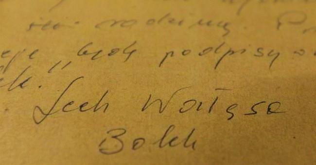 Polish prosecutors to probe secret files on Lech Walesa