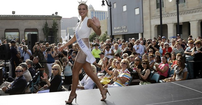 Former Miss America contestant dies week after car crash
