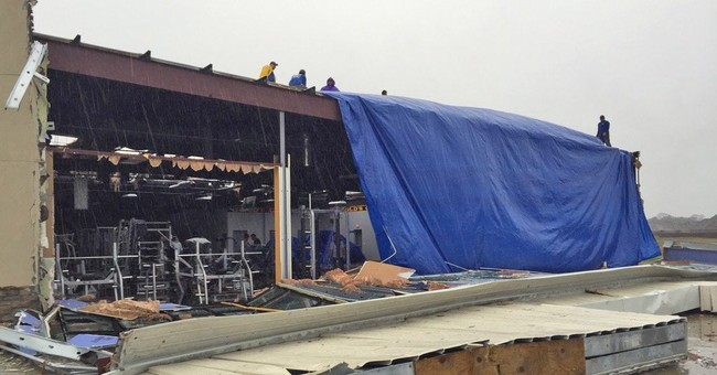 The Latest: Weather service confirms tornado in Pensacola