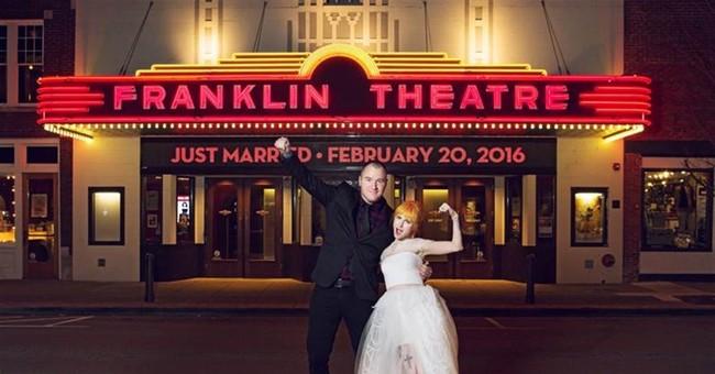 Paramore singer Hayley Williams weds rocker Chad Gilbert