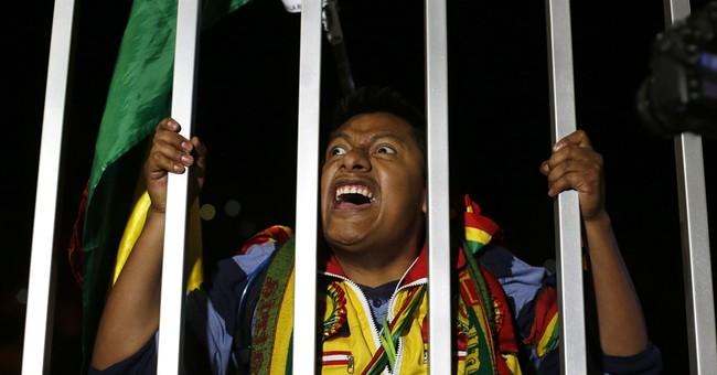 Morales grudgingly accepts referendum defeat in Bolivia