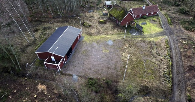 Swedish court gives doctor 10 years for abducting woman