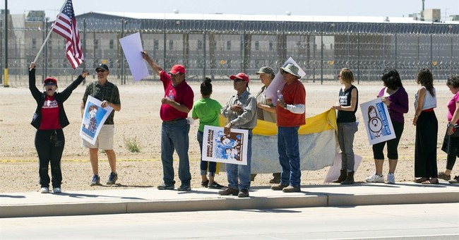 Report: Subpar care in immigration detention leads to deaths