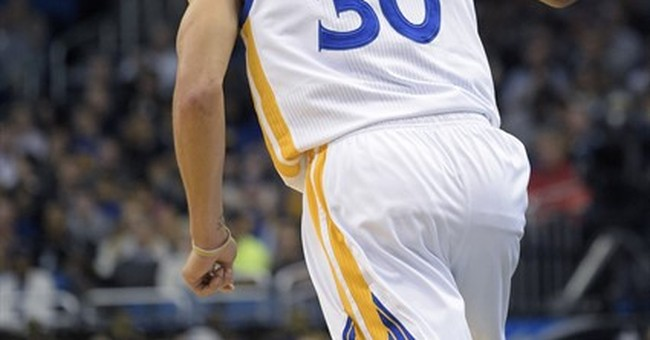 Curry has 51, hits 3-pointer in record 128th straight game