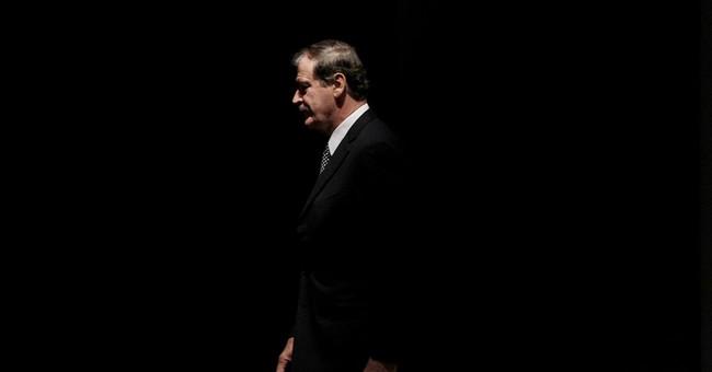 Mexicans back ex-President Fox in vulgar spat with Trump