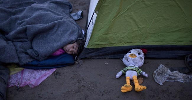 Thousands stranded as Greece becomes a migrant 'warehouse'