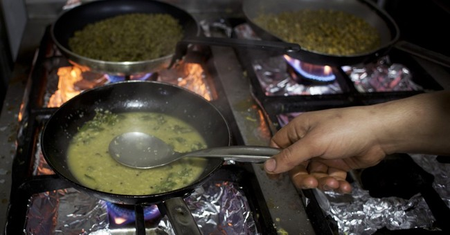 Visiting French chefs scramble Palestinian cuisine