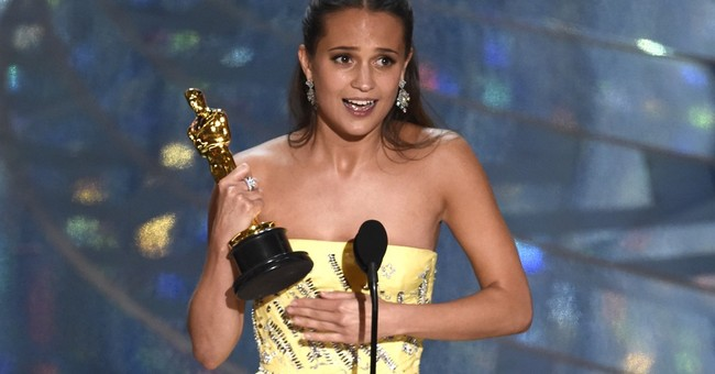 Swede Alicia Vikander wins supporting actress Oscar