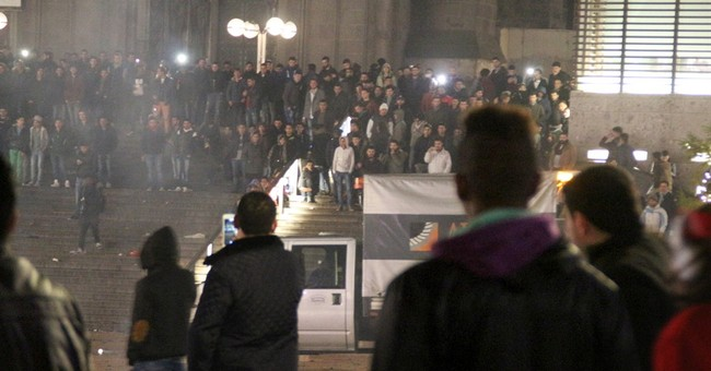Cologne divided over who to blame for New Year's assaults