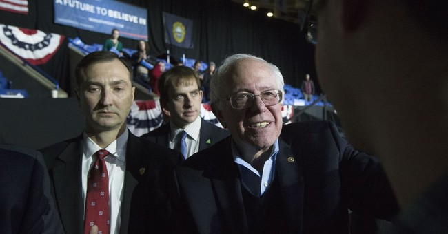 Sanders keeps his Judaism in the background, irking US Jews