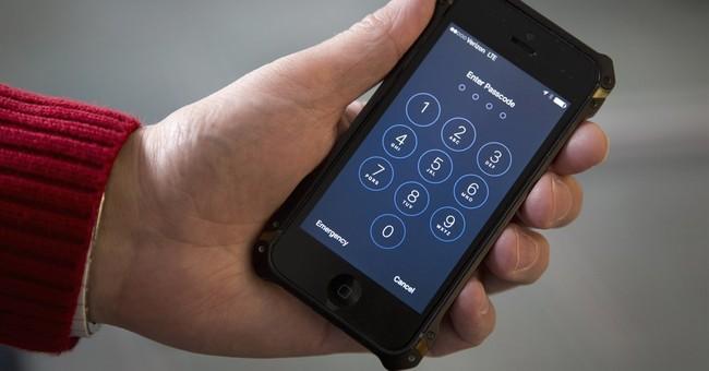 NY judge: US cannot make Apple provide iPhone data