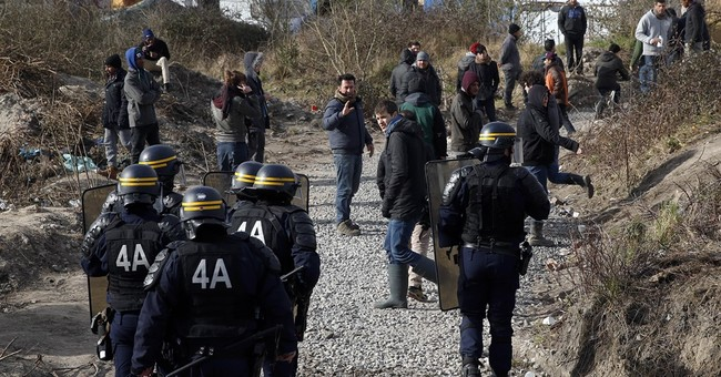 Fiery backlash as Calais migrant camp is dismantled