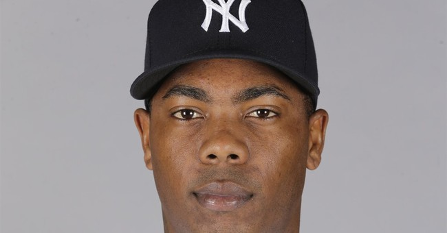 Yankees closer Chapman agrees to accept 30-game suspension