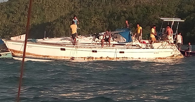 Mummy-looking dead man found in yacht off Philippines