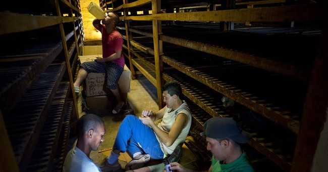 AP PHOTOS: Cuba's tobacco country becomes tourist attraction
