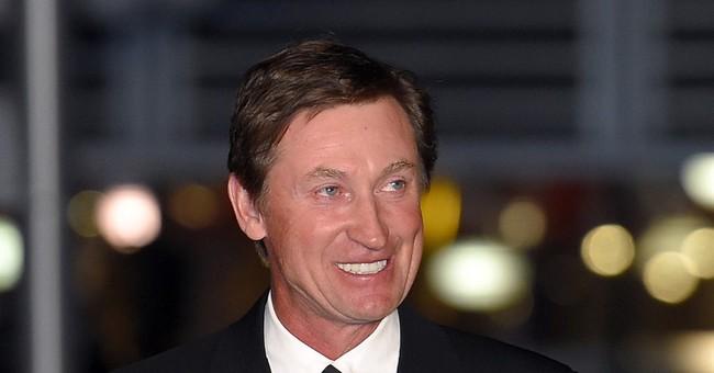 Wayne Gretzky book on hockey history coming this fall