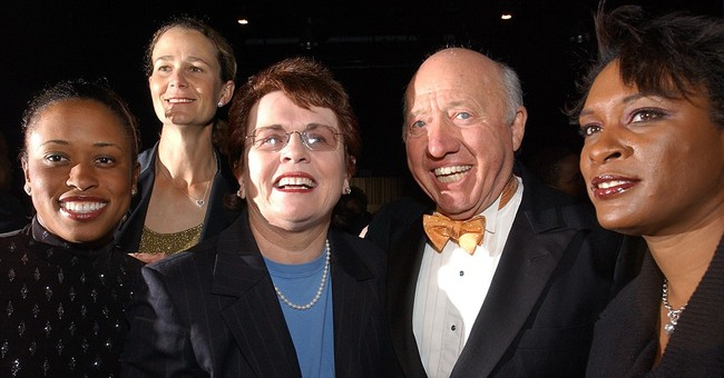 Bud Collins, US voice of tennis in print and on TV, has died