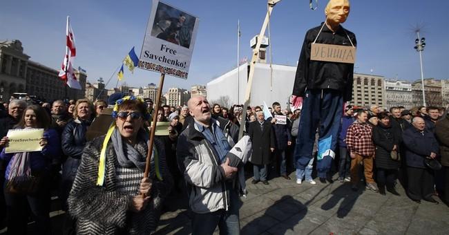Ukrainians rally to demand Russia release Savchenko