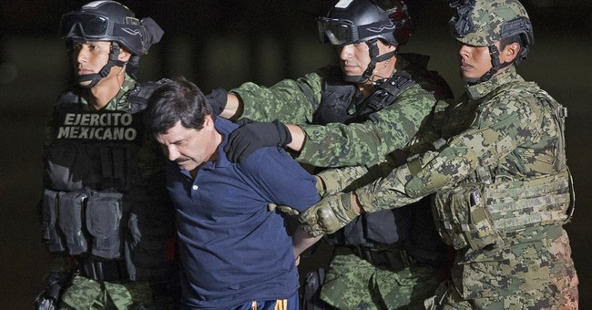 """Mexico sees attempt to loosen security on """"El Chapo"""""""