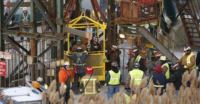 Elevator to be removed from NY mine where workers got stuck