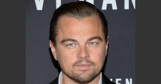 'Star Wars' tops DiCaprio in 'Revenant' to stay No. 1