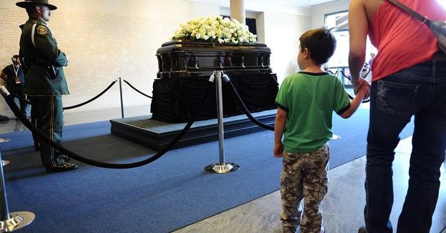 First lady's death stirs memories of Reagan era