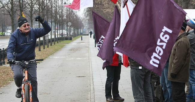 Polish government preparing to contest rights report