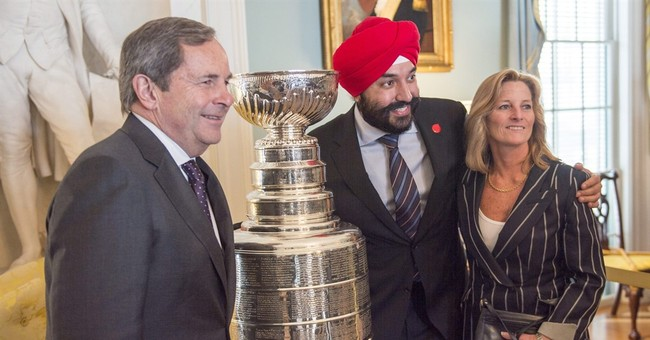Canadian prime minister brings 'Trudeaumania' to White House