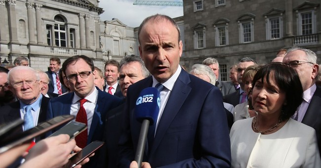 Irish government in limbo as lawmakers reject premier, rival