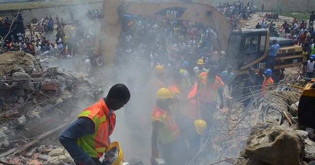 Building collapse on construction site kills 34 in Nigeria