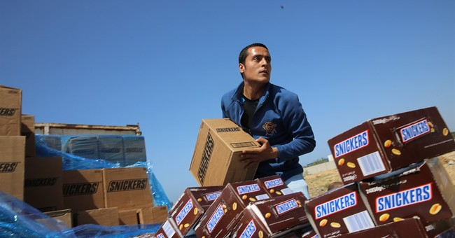 Hamas burns 15 tons of Snickers bars following recall