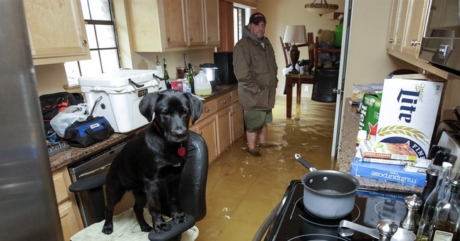 Louisiana, Mississippi residents watch rising waters