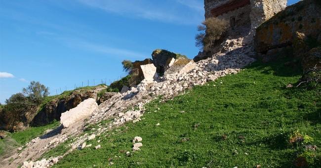 Restoration of ancient Spanish castle debated amid criticism