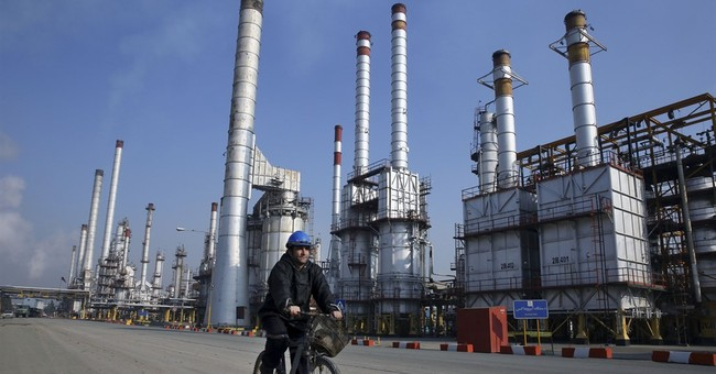 Iran says US companies welcome to invest in petroleum sector