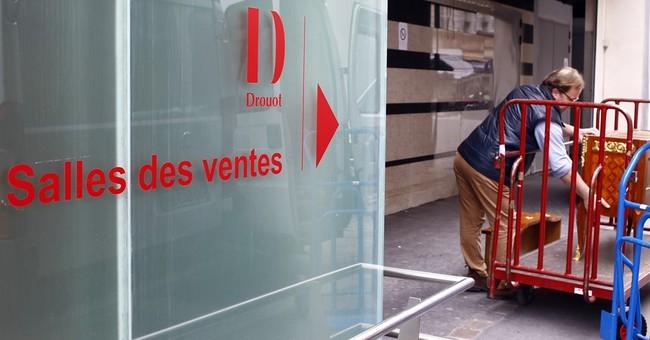 Paris auction workers on trial over vast theft scheme