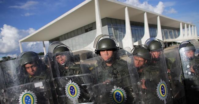 Brazil judge releases phone taps between pres., ex-pres.