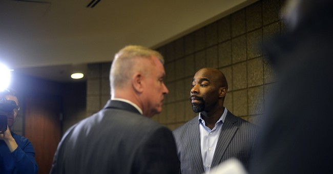 Ex-Michigan State star Cleaves arraigned on sex charges