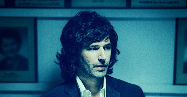 Review: Pete Yorn splendidly miserable on 'Arranging Time'