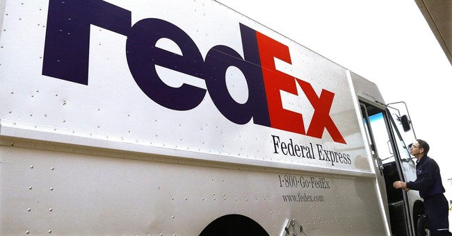 FedEx rides online shopping to beat Wall Street forecasts