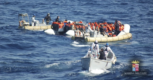 Migrant crossings to Italy from Libya rise amid good weather
